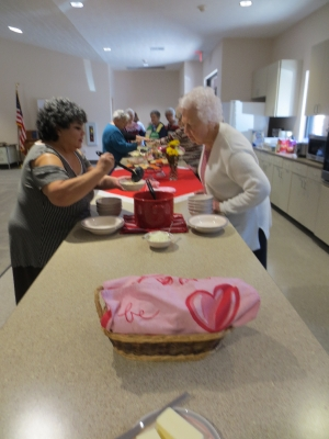 Valentine Gift Bags for Nursing Home Residents_9